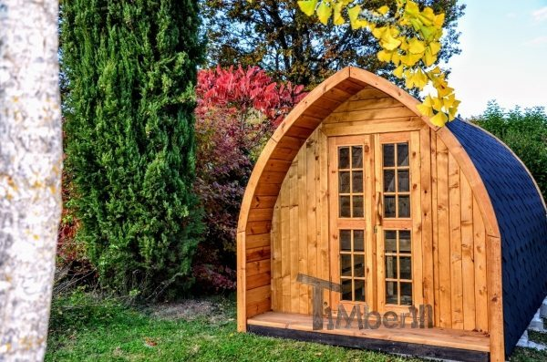 Camping glamping pod in the garden